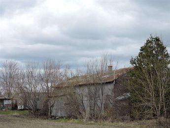 Old barn © 2015 nicole leduc