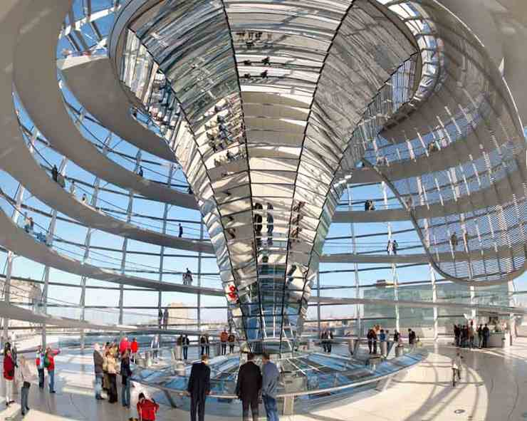 Reichstag Berlin Cuppola © 2006 Steve Wateridge