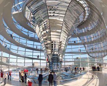 Reichstag Berlin Cuppola © 2006 Steve Wateridge