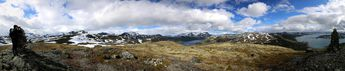Nina taking pictures: The lakes Gjende and Tyin, Norway. © 2015 Knut Dalen