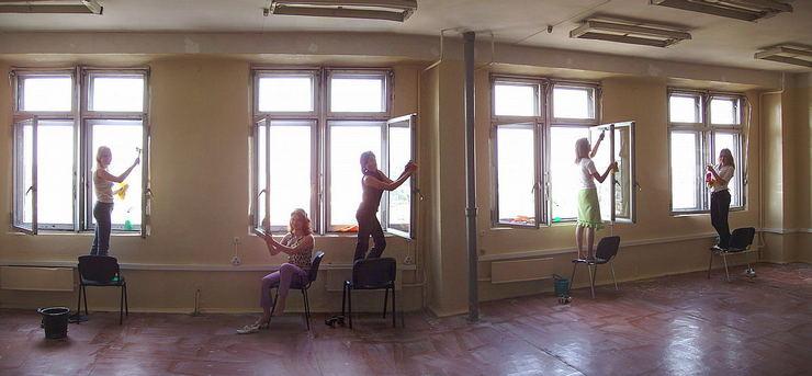 Girls at work © 2006 Sergey Stepanenko