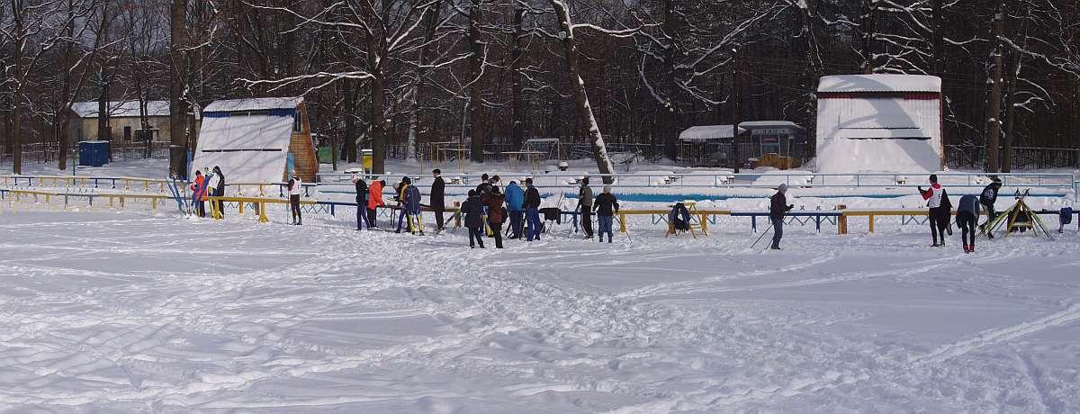 Skiers before start © 2006 Sergey Stepanenko