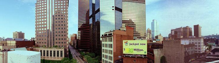 Jackpot now $3.0 Million © 2000 John Strait