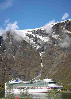 Cruise ship Azura, Flåm, Norway  © 2015 Knut Dalen