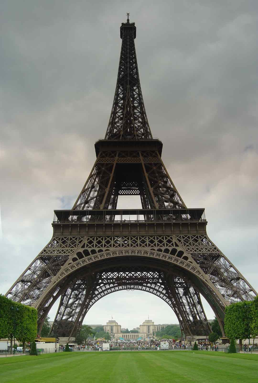 The panorama factory user 39 s gallery vertical la tour for Housse tour eiffel