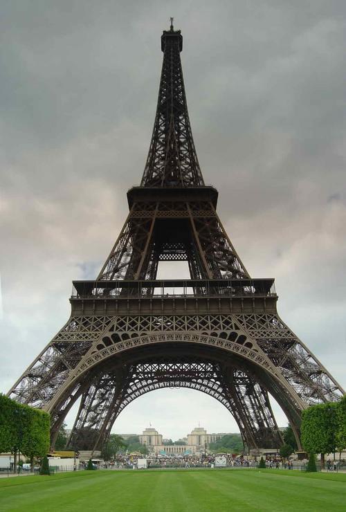 La Tour Eiffel © 2005 Pascal Fernandez, panoblofeld-60@yahoo.fr